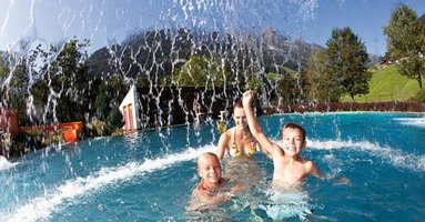 Schwimmbad finkenberg