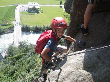 klettern klettersteig action kinderklettersteig