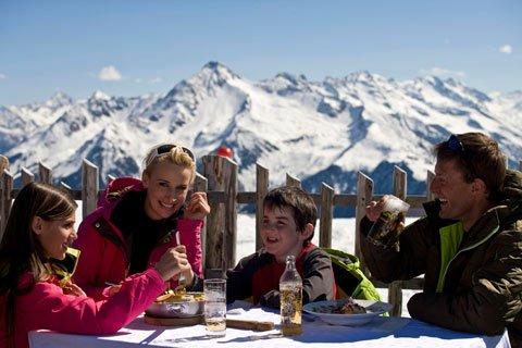 tvb tux finkenberg ski huette familienurlaub
