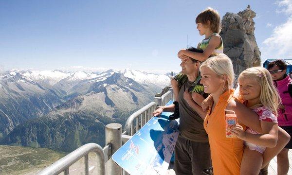 Panoramaterrasse auf 3.250 m